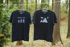 国内最大級の登山マガジン『 YAMA HACK 』と[sn]のコラボTシャツ誕生!<br>イラストはジェリー鵜飼さん!